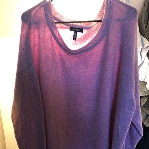 Light baggy pink sweater, never worn!